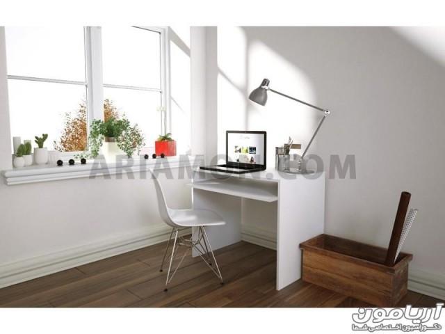 میز کامپیوتر کوچک